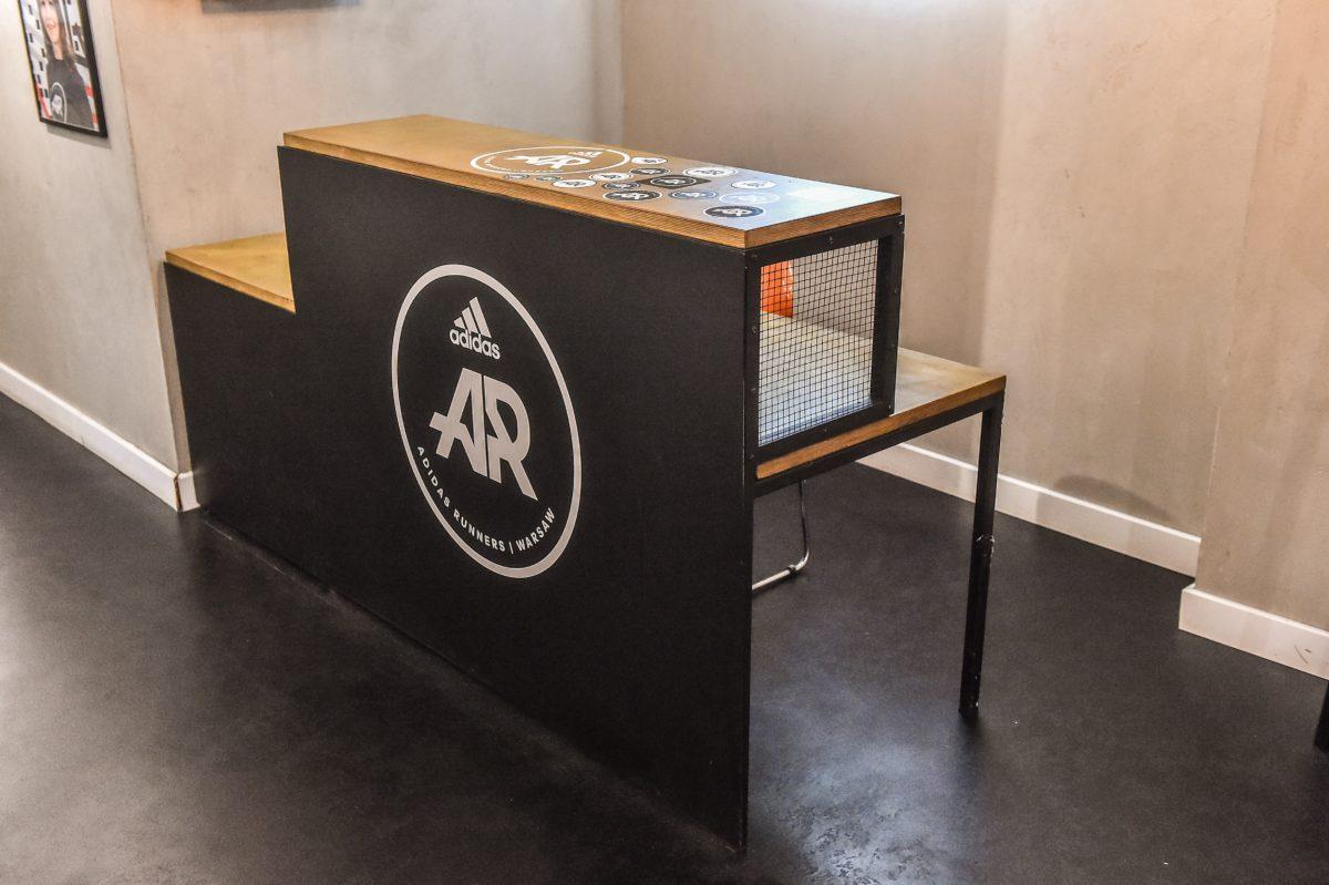 Adidas Runners Club - Lada Recepcyjna z siatką