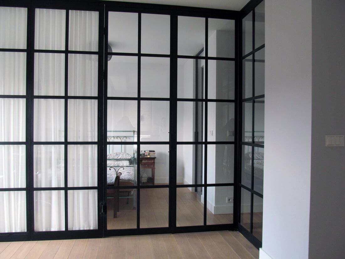 Otwarte Drzwi Loftowe do Domu i Mieszkania oraz sypialni i pokoju dziennego zamknięte - czarne metalowe szklane
