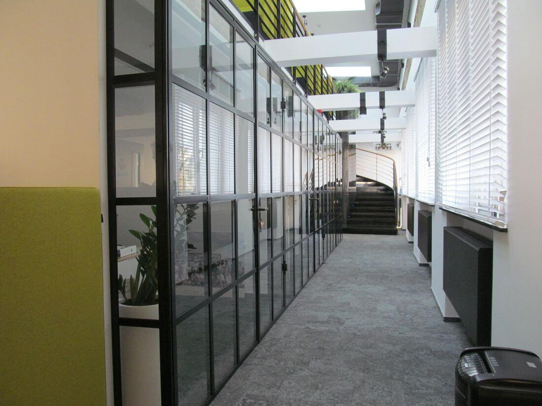 EIP Loft System Drzwi i Ścianek Loftowych Industrialnych Szklanych Wewnętrznych ze szkła i stali konstrukcyjnej