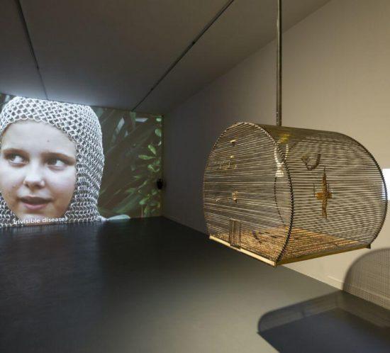 Ania Nowak - Can you die of a broken heart - photo: Bartosz Górka - Centre for Contemporary Art Ujazdowski Castle