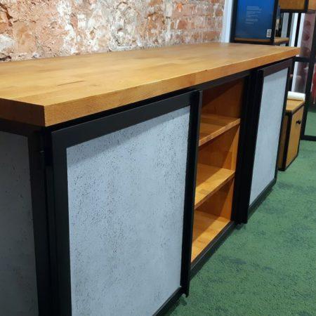 Komoda Loft industrialna z metalu i drewna bukowego oraz betonu strukturalnego wzmacnianego włóknem szklanym