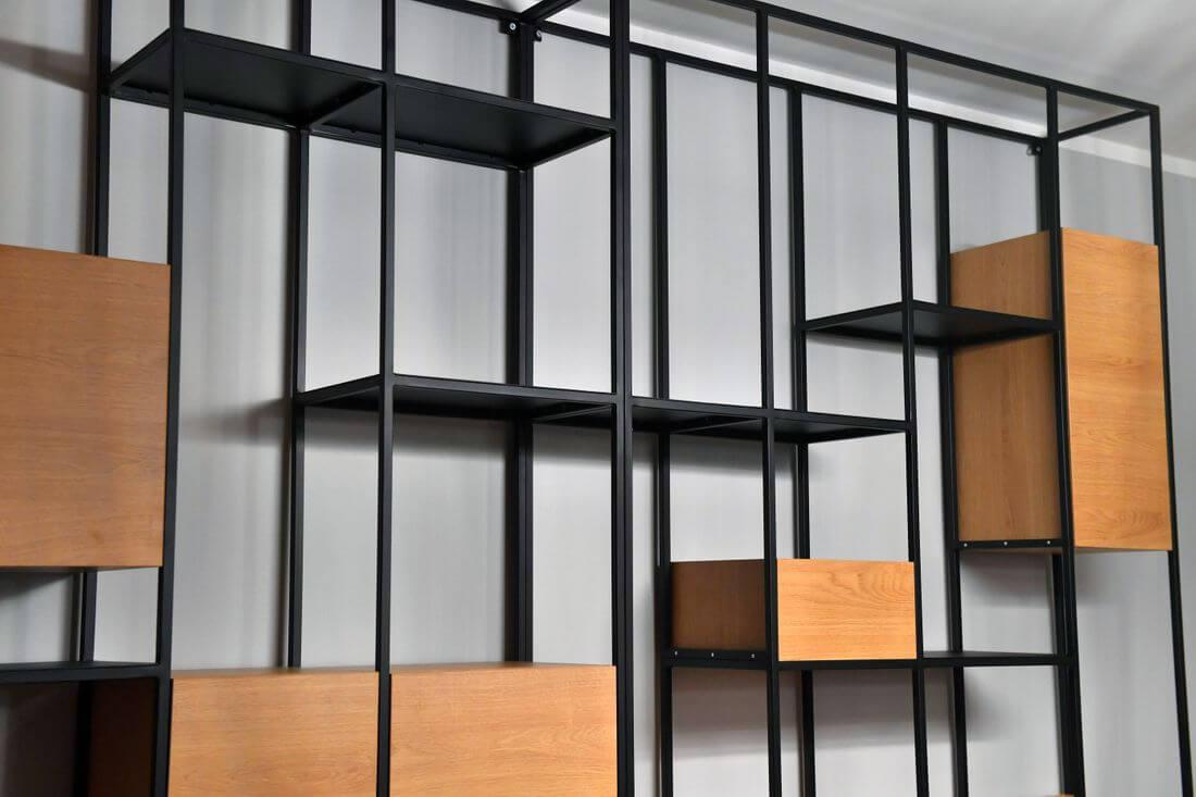 Regał Loft Industrialny R2 z półkami z płyty laminowanej Egger Dąb wykonany z metalu – stali konstrukcyjnej 15 mm