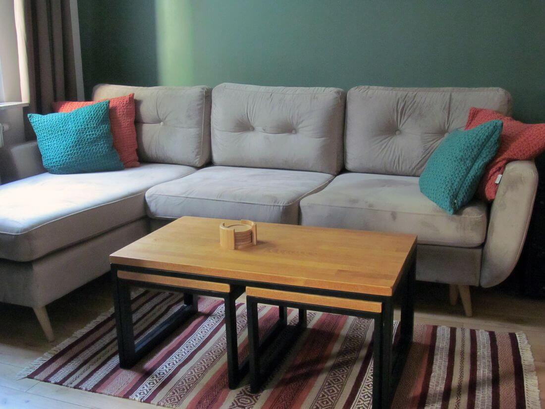 Mieszkanie Loft - Warszawa Praga - Stoliki kawowe z ławą kawową z metalu i drewna (dąb olejowany klejony) do salonu