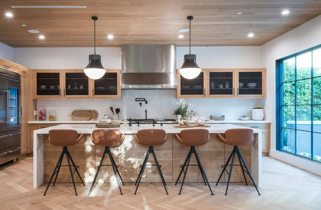 Loft Kitchen in Industrial Style with center island, wooden ceiling, loft window, wooden cabinets